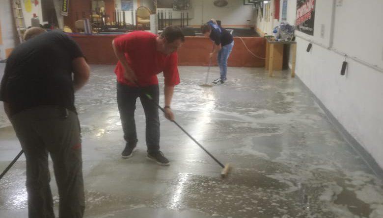Wasserschaden in der Halle